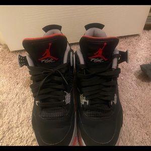 Jordan retro 4 breds